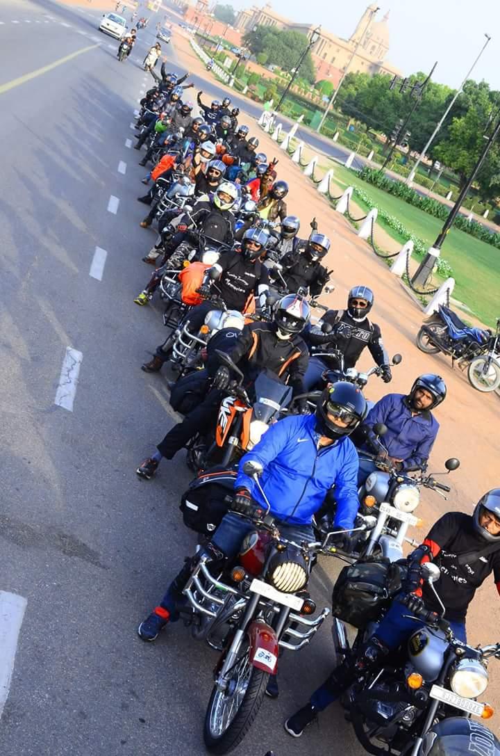 bike rentals in delhi